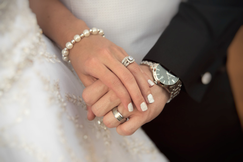 Weddingphotography-hands
